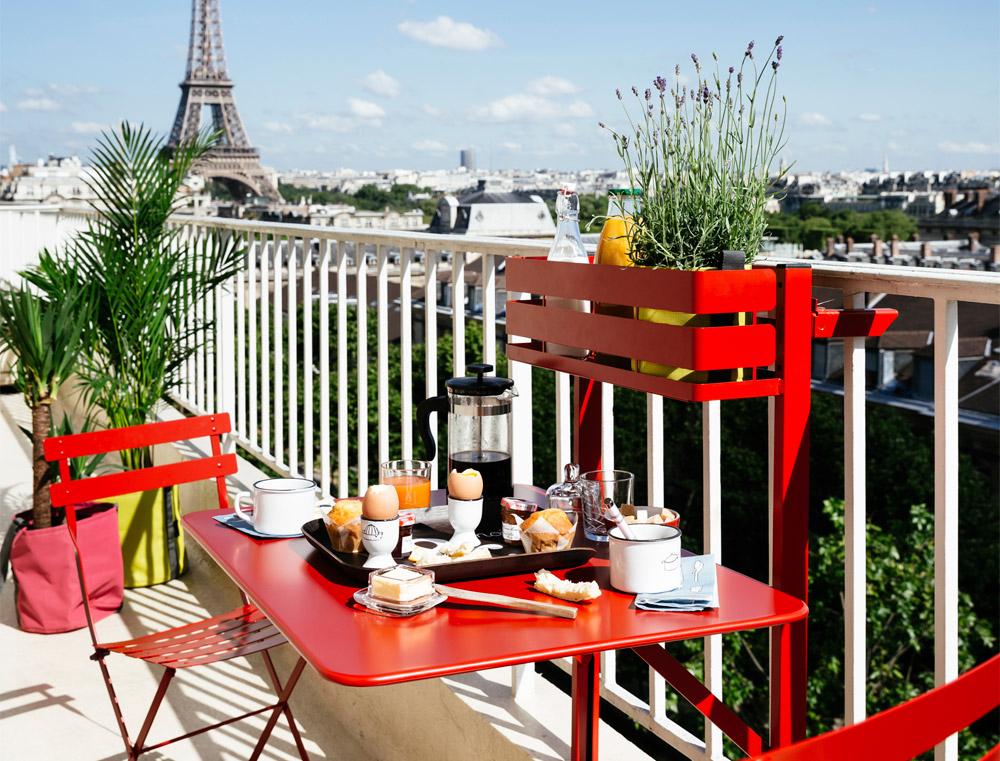 balkonm bel 3 looks f r kleine balkone designblog. Black Bedroom Furniture Sets. Home Design Ideas